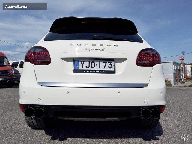 Porsche Cayenne 7