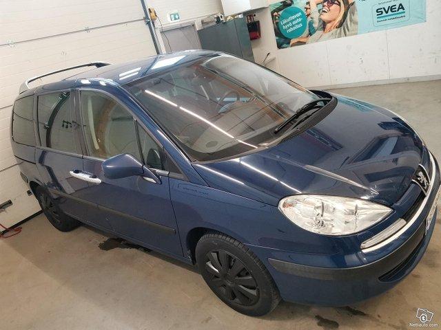 Peugeot 807 4