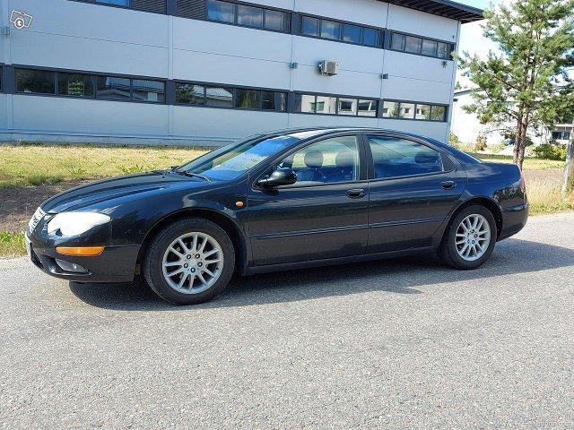 Chrysler 300M 6