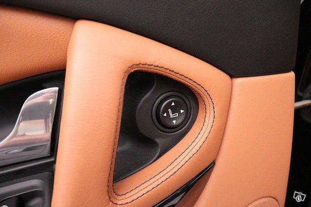 Maserati Quattroporte 16