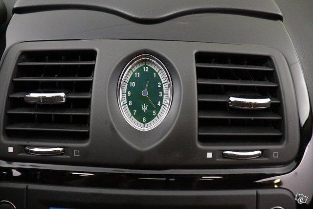Maserati Quattroporte 24