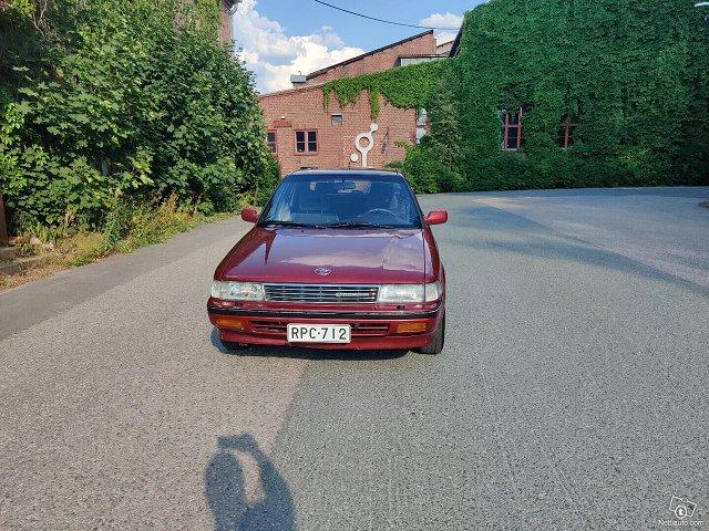Toyota Carina II 2