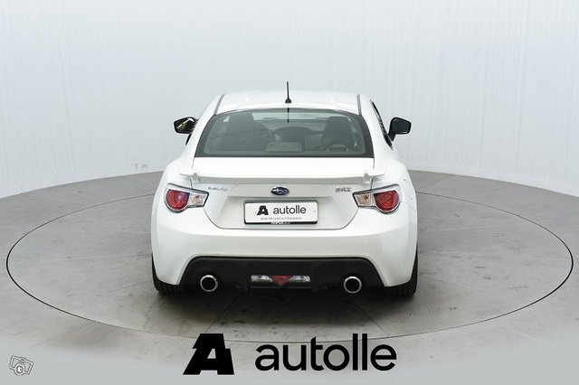 Subaru BRZ 8