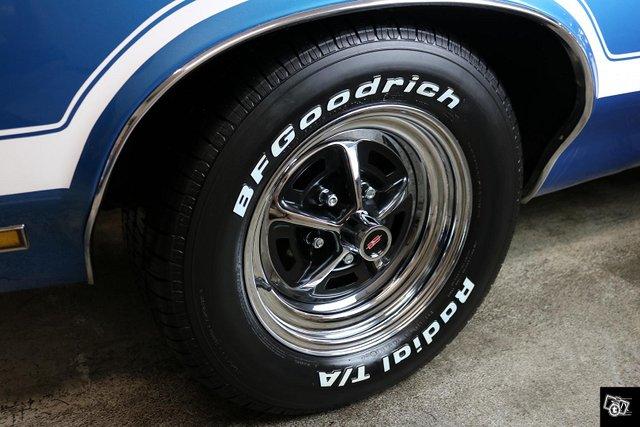 Oldsmobile Cutlass 9