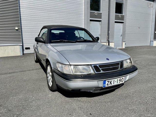 Saab 900 4