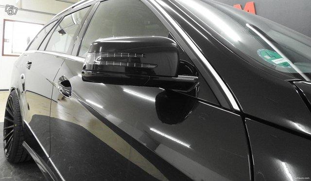 Mercedes-Benz 350 23