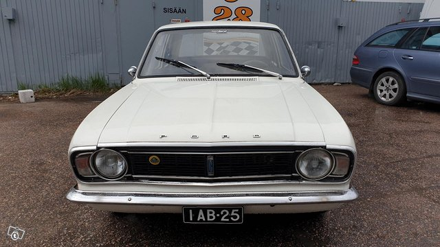 Ford Cortina 7