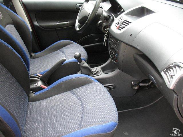 Peugeot 206+ 17