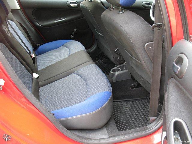 Peugeot 206+ 18