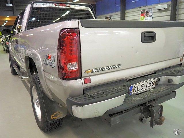 Chevrolet Silverado 5
