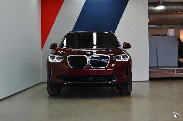 BMW IX 2