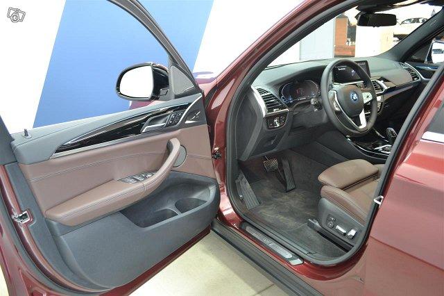 BMW IX 12