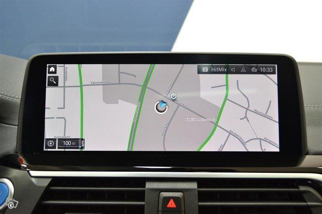 BMW IX 19