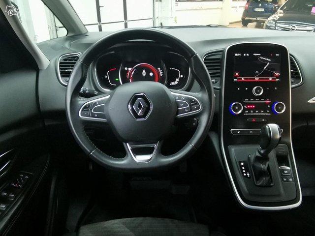 Renault Grand Scenic 12