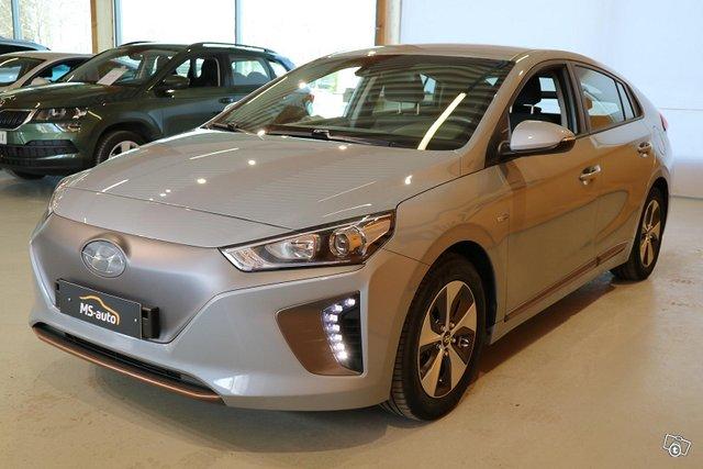 Hyundai Ioniq Electric 7