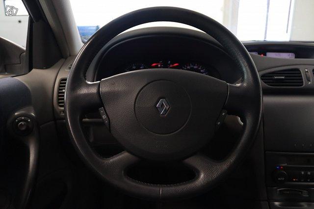 Renault Laguna 12