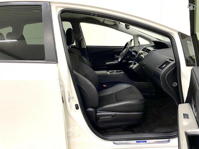 Toyota Prius+ 9