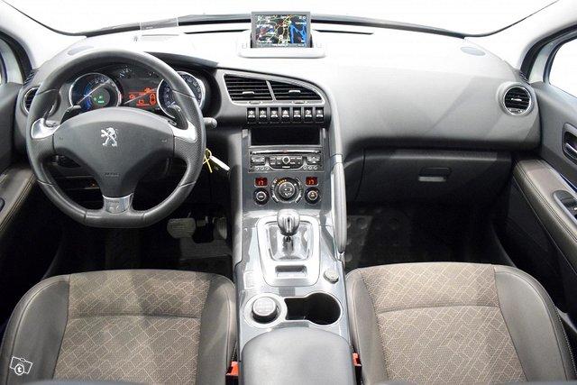 Peugeot 3008 9