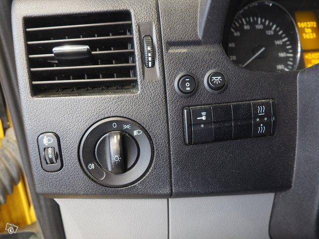 Mercedes-Benz Sprinter 23