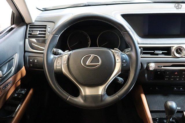 Lexus GS 18