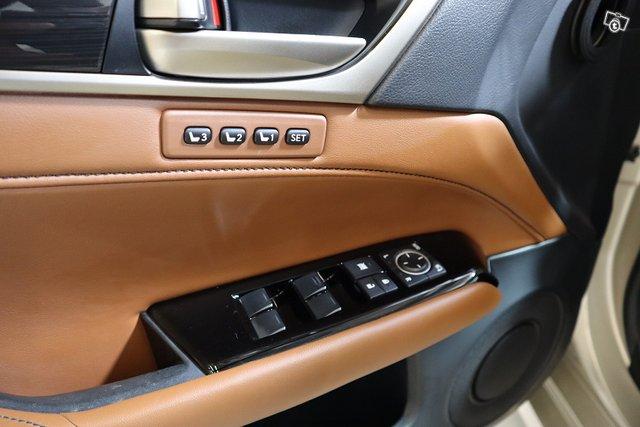 Lexus GS 25