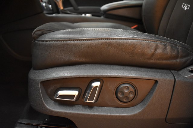 Audi Q7 20