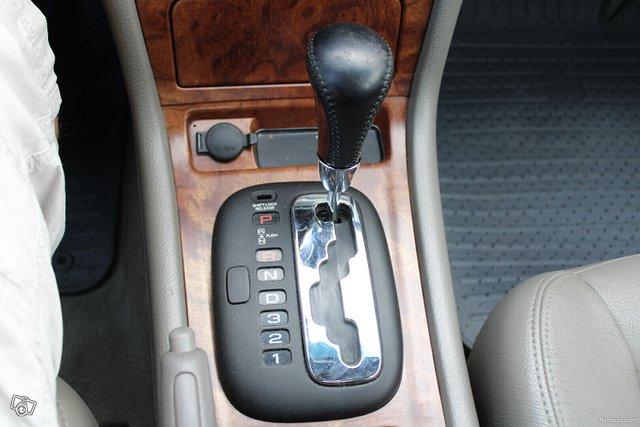 Chevrolet Evanda 16