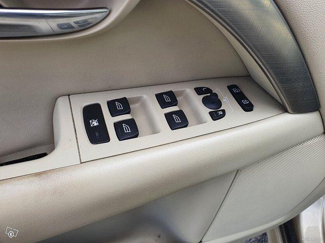 Volvo S80 21