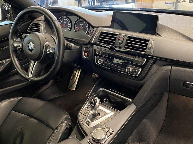 BMW M4 9