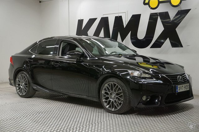 Lexus IS, kuva 1