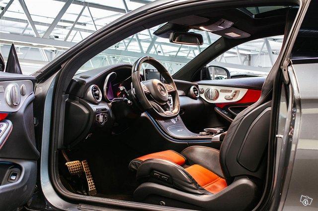 Mercedes-Benz C 63 AMG 3