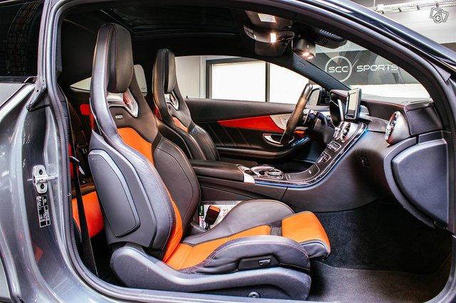 Mercedes-Benz C 63 AMG 5