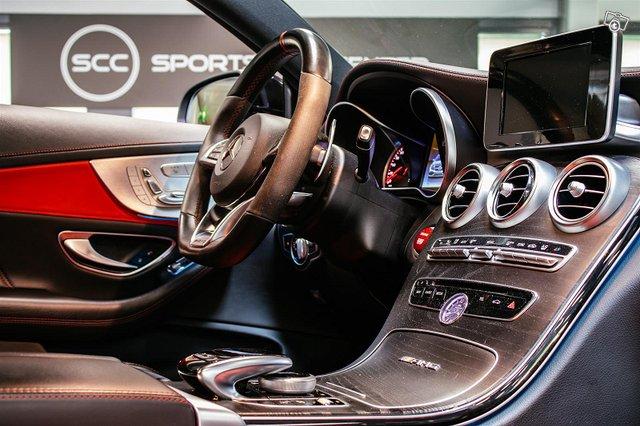 Mercedes-Benz C 63 AMG 7
