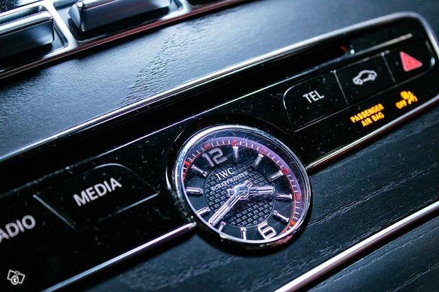 Mercedes-Benz C 63 AMG 12