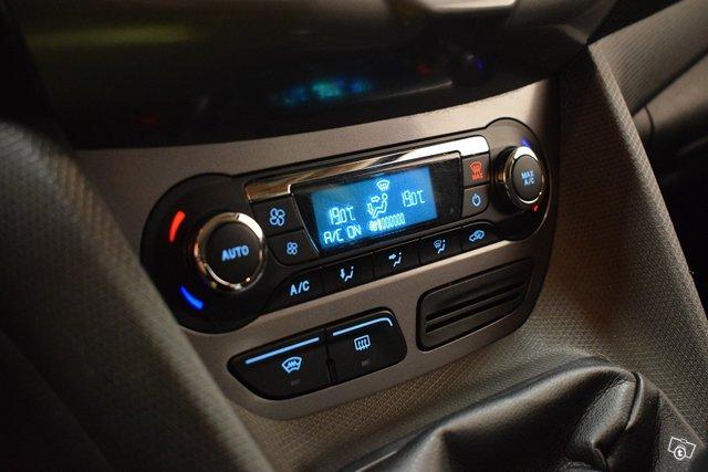 Ford Grand Tourneo Connect 21