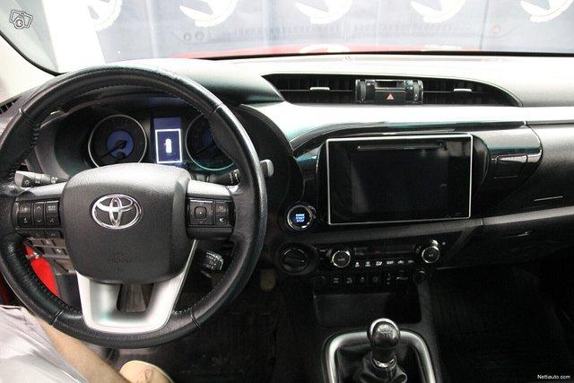 Toyota Hilux 20