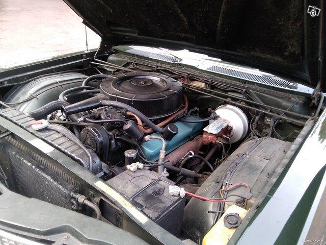 Chrysler New Yorker 22