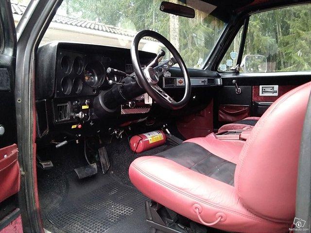 Chevrolet Blazer 9