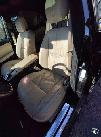 Mercedes-Benz S-sarja 8