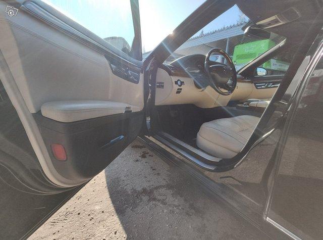 Mercedes-Benz S-sarja 9