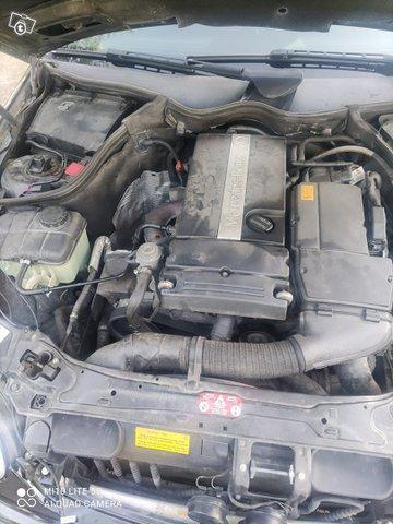 Mercedes benz C200 kompressor 11