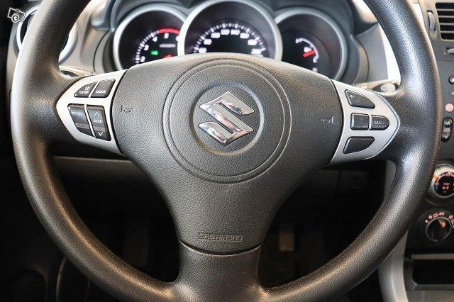Suzuki Grand Vitara 17