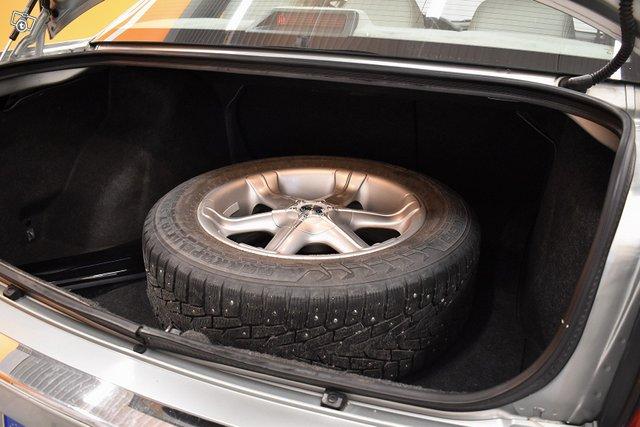Chrysler 300C 9