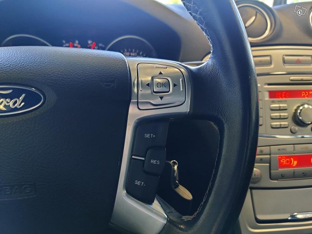 Ford Mondeo 13