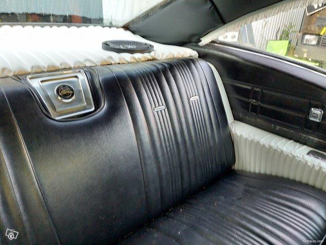Chevrolet Impala 3