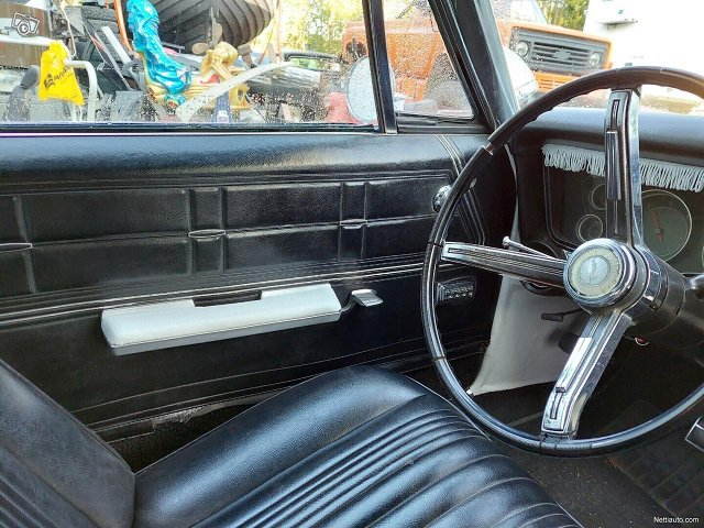Chevrolet Impala 4