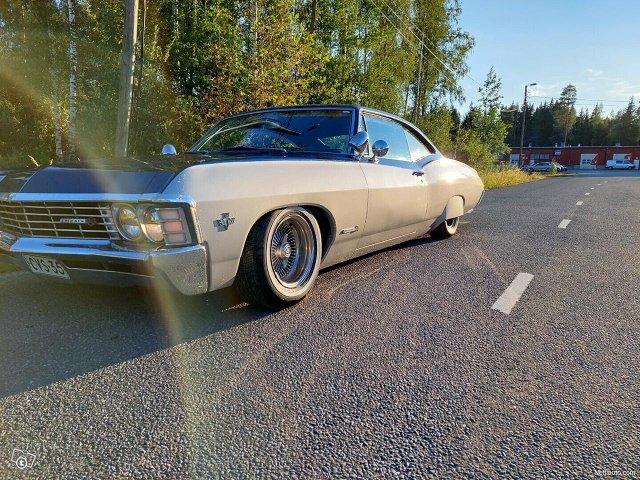 Chevrolet Impala 24