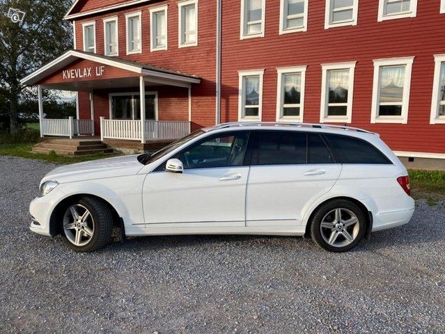 Mercedes-Benz C-sarja 2
