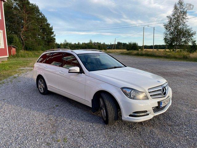 Mercedes-Benz C-sarja 7