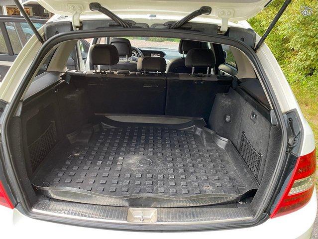 Mercedes-Benz C-sarja 11